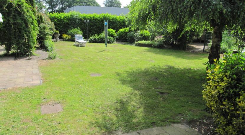 Vriezenveenseweg 41 tuin